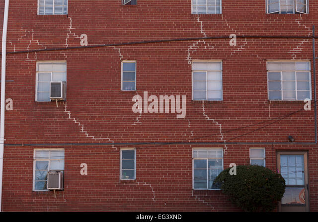 Repair Mortar Joints Stock Photos Repair Mortar Joints Stock Images Alamy