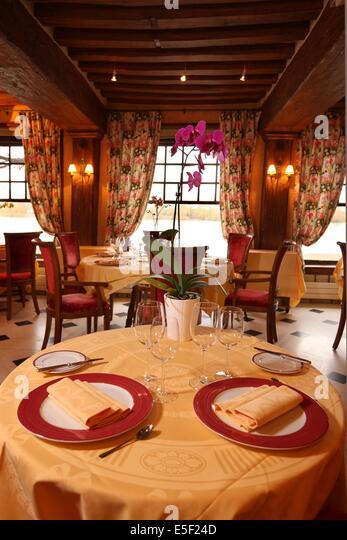 Salle de restaurant stock photos salle de restaurant for Chaine hotel restaurant