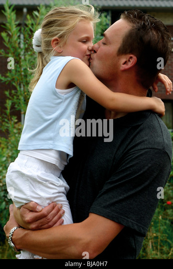 kissing daddy