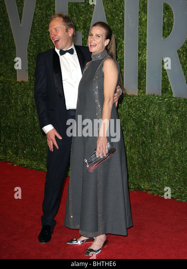 RACHEL GRIFFITHS ANDREW TAYLOR 2009 VANITY FAIR OSCAR PARTY WEST HOLLYWOOD  LOS ANGELES CA USA 22