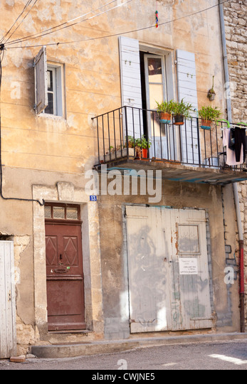 Forcalquier stock photos forcalquier stock images alamy for Garage ad france