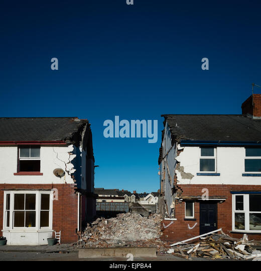 Demolished terraced houses stock photos demolished for Terrace house full episodes