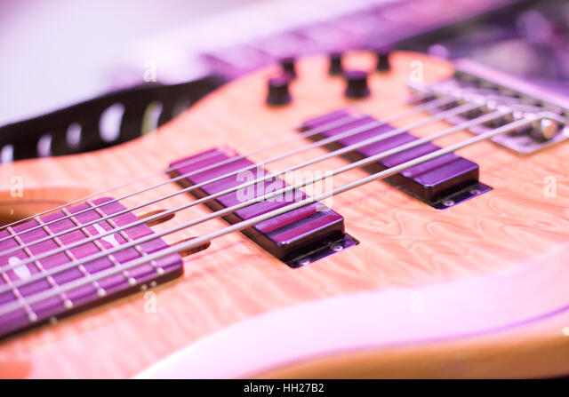 close up strings bass guitar stock photos close up strings bass guitar stock images alamy. Black Bedroom Furniture Sets. Home Design Ideas