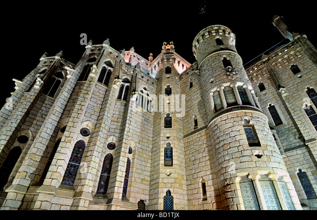 Gaudi Palace Leon Stock Photos & Gaudi Palace Leon Stock Images - Alamy
