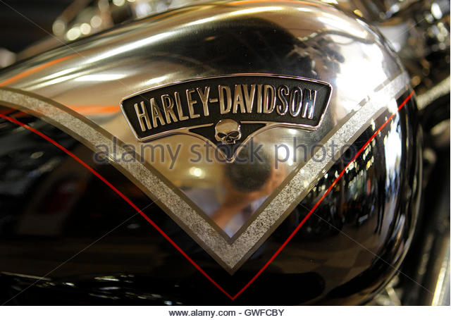 Harley factory stock photos harley factory stock images for Tommie vaughn motors inc