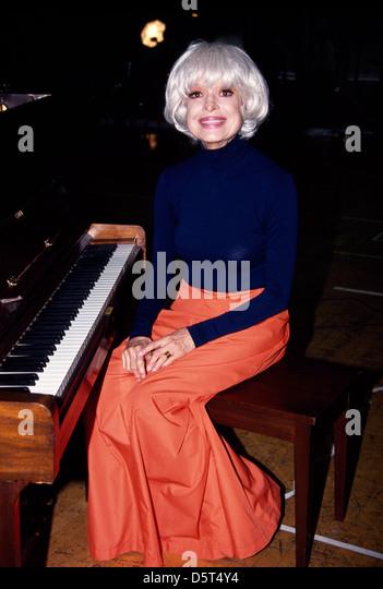 Carol Channing Stock Photos & Carol Channing Stock Images ...