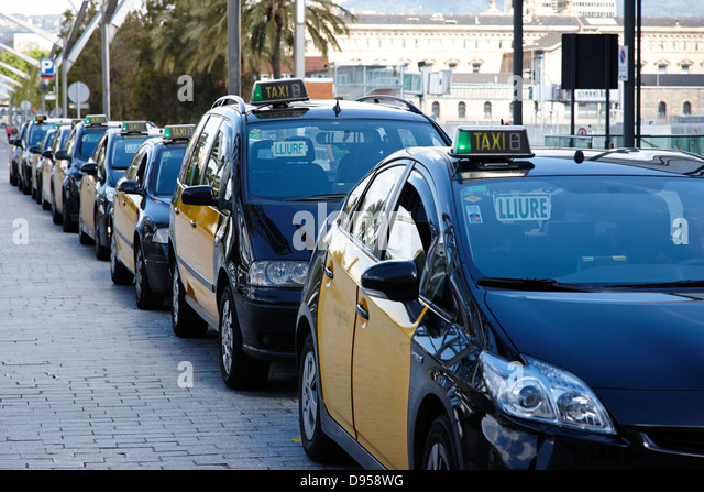 Taxi ranks stock photos taxi ranks stock images alamy - Cab in barcelona ...