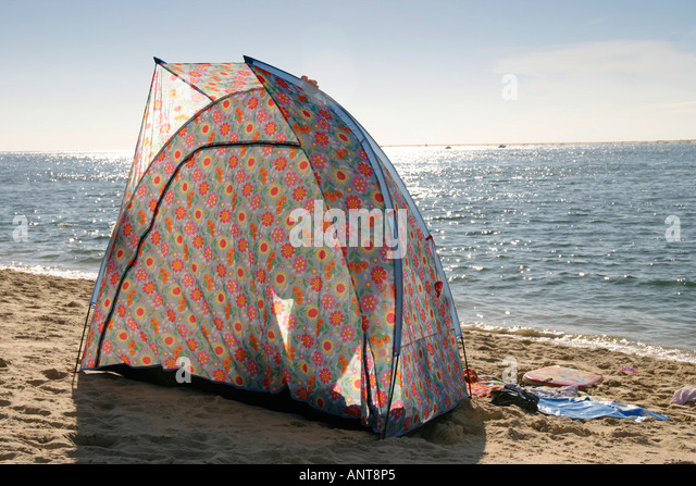 beach shelter designed by Cath Kidston on beach in france - Stock Image & Cath Kidston Stock Photos u0026 Cath Kidston Stock Images - Alamy