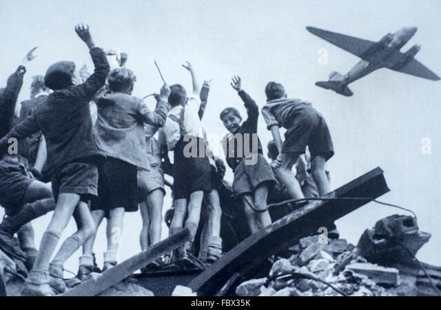 berlin airlift The berlin airlift historical foundation is a non-profit educational group that exists to educate the public we operate largely on donations and continued support by dedicated volunteers.
