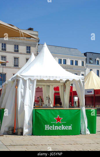 Le Mans town centre with Heineken beer stalls - Stock Image & Heineken Beer Stock Photos u0026 Heineken Beer Stock Images - Alamy
