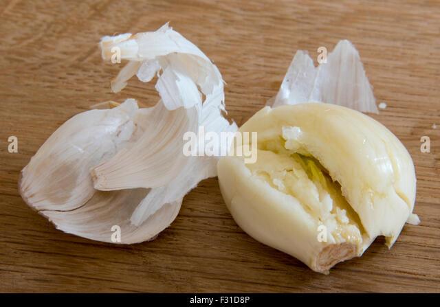 Garlic Bulb Clove Crushed Stock Photos & Garlic Bulb Clove Crushed ...