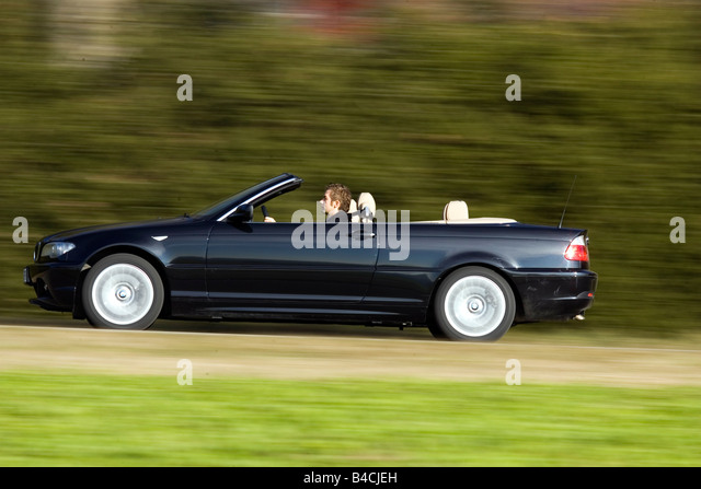 bmw 330 cd convertible stock photos bmw 330 cd convertible stock images alamy. Black Bedroom Furniture Sets. Home Design Ideas