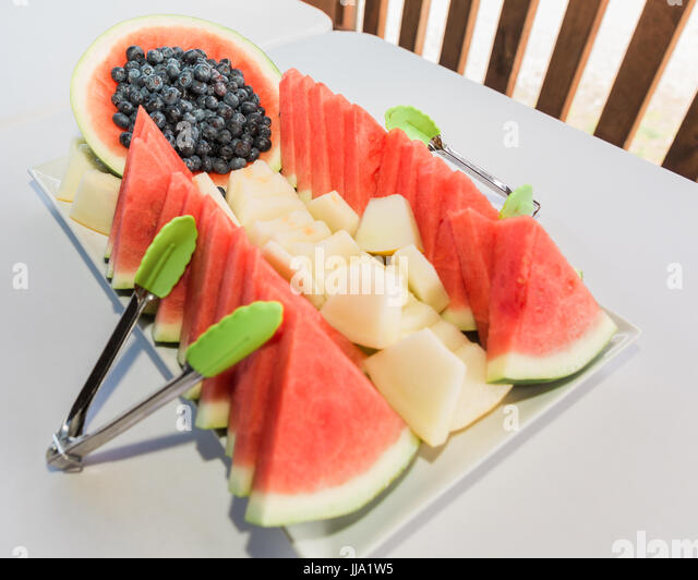 how to cut watermelon for fruit platter