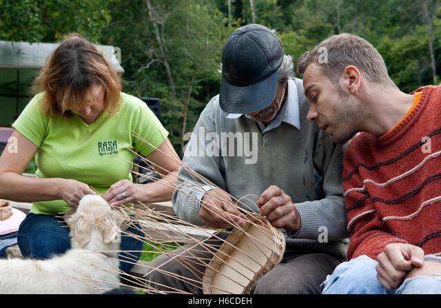 Basket Weaving Process : Basketmaking stock photos images alamy