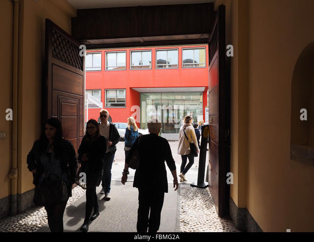 Tortona stock photos tortona stock images alamy for Salone mobile tortona