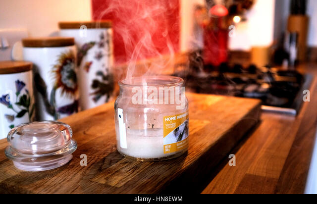 Candle jar stock photos candle jar stock images alamy - Burning scented candles home dangerous really ...