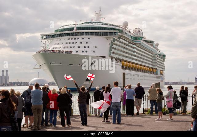 Mayflower Cruise Terminal Stock Photos Mayflower Cruise Terminal - Southampton cruise ship parking