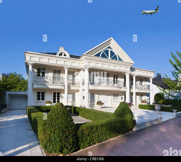 German Luxury House: German Luxury Houses Stock Photos & German Luxury Houses
