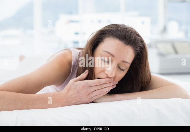 how to stop sleeping with eyes open