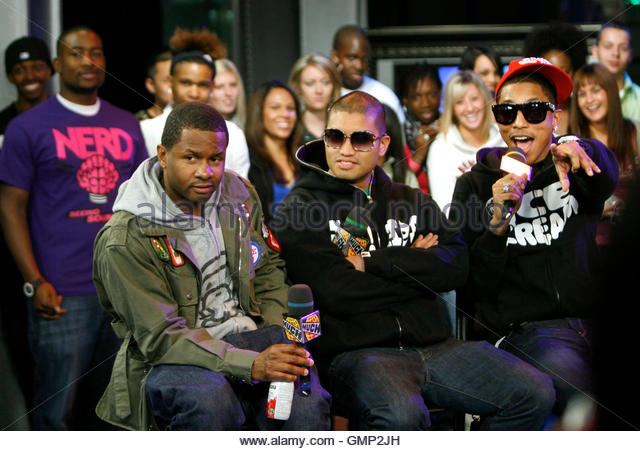 chad hugo dating Pharrell and chad hugo redefined hip-hop's sound and behind that transition was pharrell williams and chad hugo, known then as the neptunes.