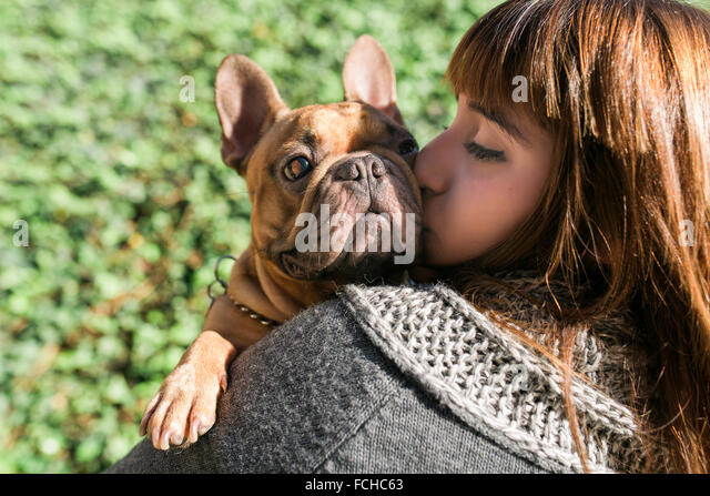 Kissing Dog Stock Photos & Kissing Dog Stock Images - Alamy