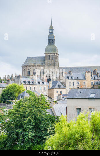 Sauveur stock photos sauveur stock images page 2 alamy for Jardin anglais en france
