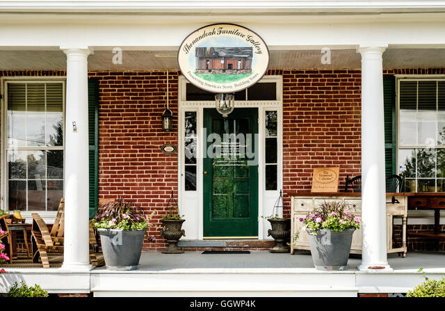 Shenandoah Furniture Gallery, 121 East Main Street, Purcellville, Virginia    Stock Image