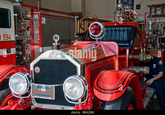 Amb in addition Westmountalf in addition Front View Of Pristine American La France Restored Fire Engine B K Bk likewise  furthermore Fire Truck. on 1947 american lafrance fire truck