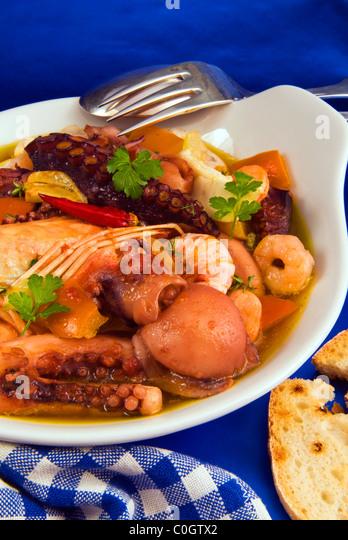 Bouillabaisse france marseille mediterranean stock photos bouillabaisse france marseille - Restaurant bouillabaisse marseille vieux port ...