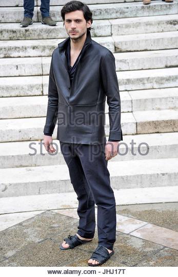 Prêt À Porter Homme Stock Photos Prêt À Porter Homme Stock Images - Pret à porter homme
