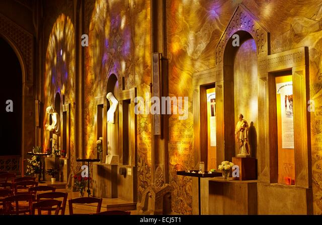 patron saint of paris stock photos patron saint of paris stock images alamy. Black Bedroom Furniture Sets. Home Design Ideas
