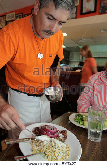 platter hispanic single men The advantages to dating latino are obvious in the broad strokes  it'll surprise  them long enough for you to fill your plate with beans, rice and.