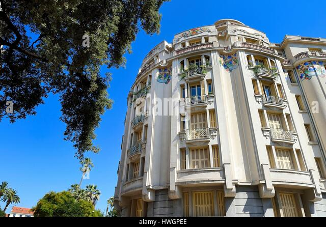 Art Deco Style Building Stock Photos & Art Deco Style Building ...