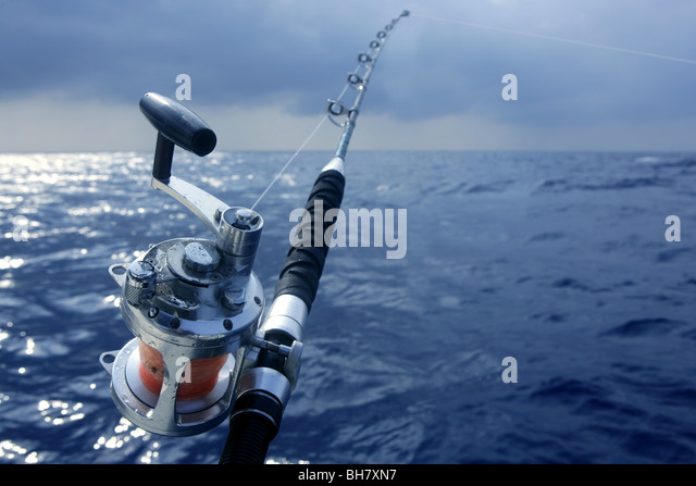 Tuna fishing boat stock photos tuna fishing boat stock for Sea fishing games