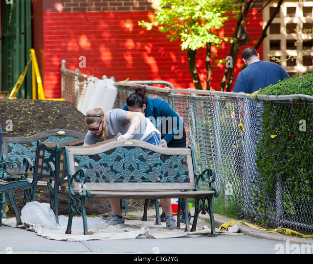 Garden Furniture New York painting garden furniture stock photos & painting garden furniture