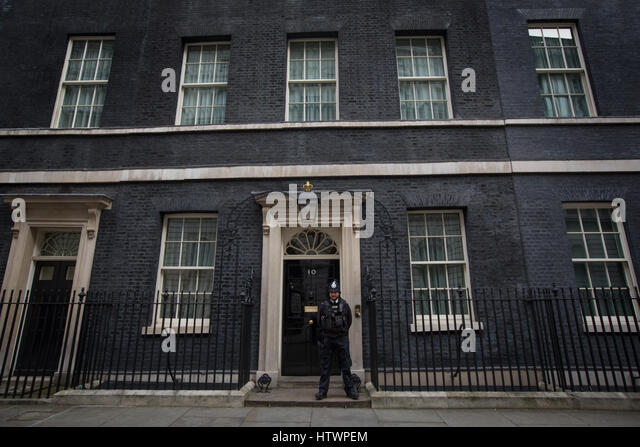 no 10 downing street stock photos no 10 downing street stock images alamy. Black Bedroom Furniture Sets. Home Design Ideas