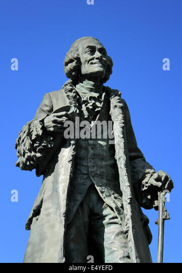 statue of voltaire stock photos statue of voltaire stock images alamy. Black Bedroom Furniture Sets. Home Design Ideas