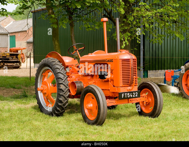 1942 Case Tractor : Case dc tractor restored and on display at a farm