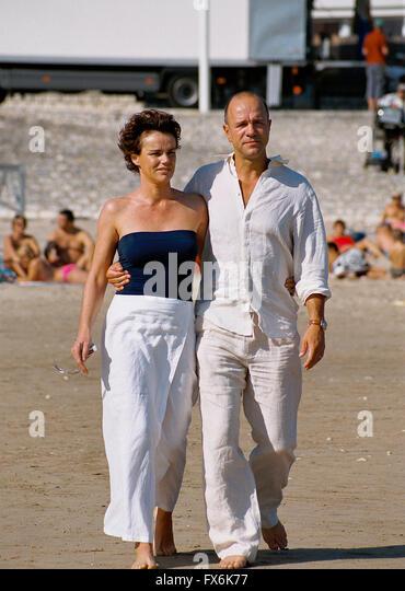 Claire nebout stock photos claire nebout stock images alamy - Aurelien cotentin en couple ...
