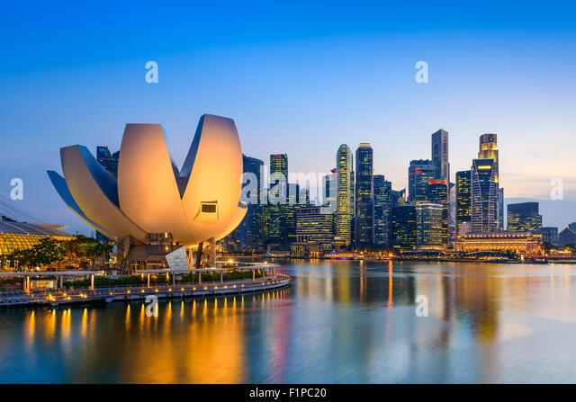 singapore-at-the-marina-bay-skyline-f1pc