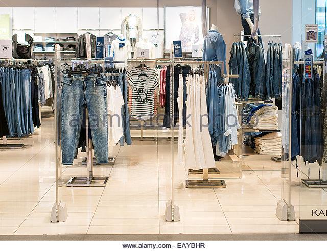 Polish clothing stores