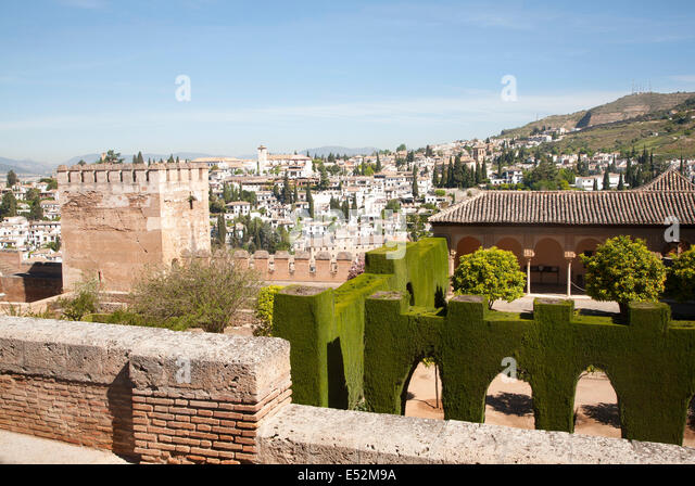 Albaicin stock photos albaicin stock images alamy for Moorish homes