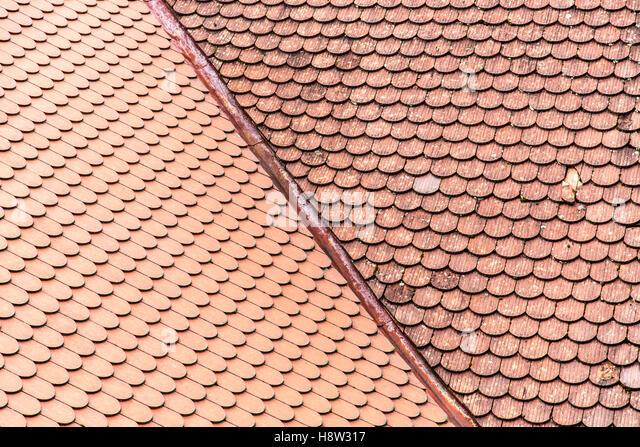 schindeln verlegen hornbach dach mit roten tonschindeln stock image photos images alamy h8w317