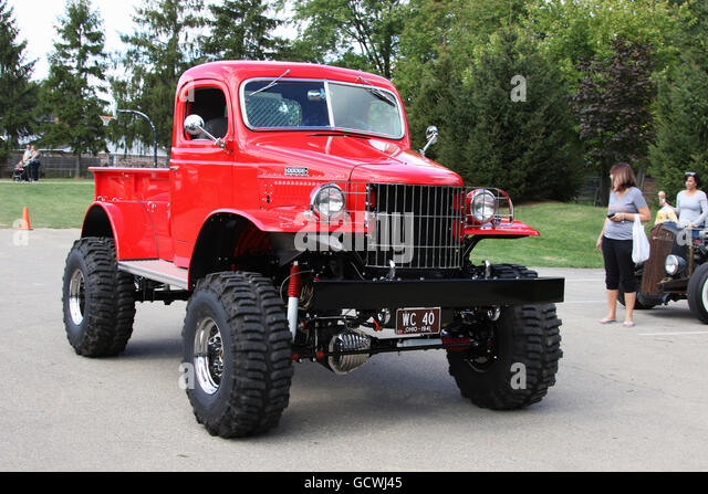 Technik Plan furthermore Truck Classic 1940s in addition Hemmings Find Of The Day 1947 Dodge Wc Canopy Truck further Kia Optima Review South Africa besides Series 70 436642. on 1948 power wagon specs