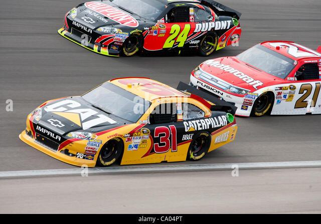 adult race car track las vegas nv article: Lists