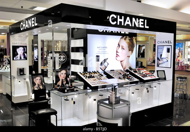 how to sell cosmetics at a counter