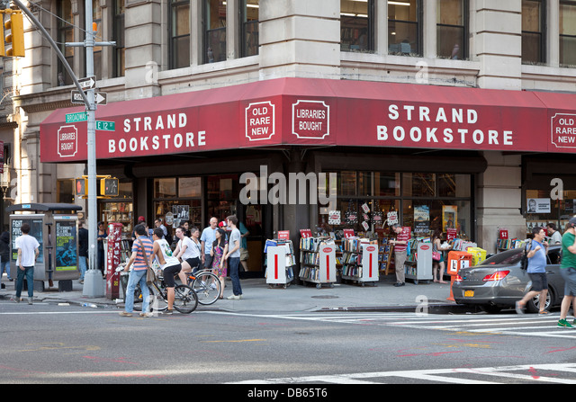 strand bookstore stock photos strand bookstore stock images alamy. Black Bedroom Furniture Sets. Home Design Ideas