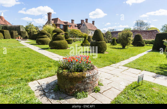 Unique Fergus Garrett Stock Photos  Fergus Garrett Stock Images  Alamy With Marvelous Great Dixter A Country House By Edwin Lutyens And Garden By Christopher  Lloyd In Northiam With Cool Covent Garden To Euston Also John Lewis Welwyn Garden City Contact Number In Addition Garden Slab Designs And Fairways Garden Centre As Well As Gardeners World Catch Up Additionally Notcuts Garden Centre From Alamycom With   Marvelous Fergus Garrett Stock Photos  Fergus Garrett Stock Images  Alamy With Cool Great Dixter A Country House By Edwin Lutyens And Garden By Christopher  Lloyd In Northiam And Unique Covent Garden To Euston Also John Lewis Welwyn Garden City Contact Number In Addition Garden Slab Designs From Alamycom
