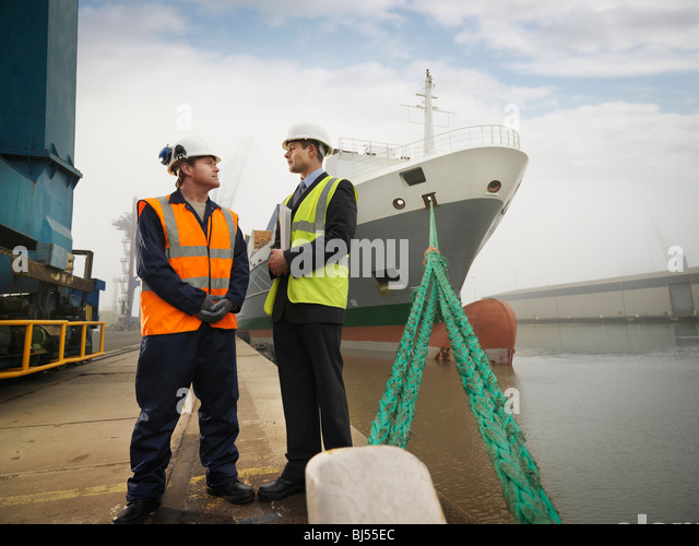 how to become a dock worker