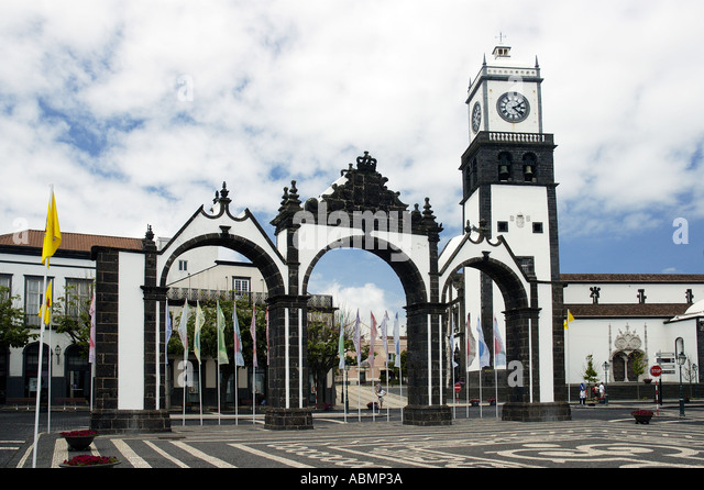 dating azores Terceira island , portuguese: ilha terceira) angra do heroísmo, the historical capital of the azores, is the oldest city in the azores, dating back to 1534.